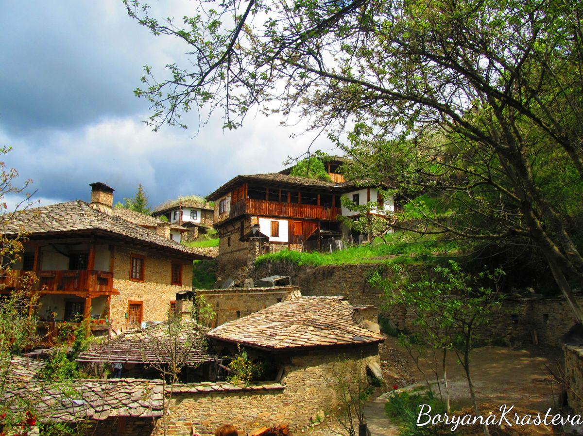 Приказните села на Родопите - Ковачевица