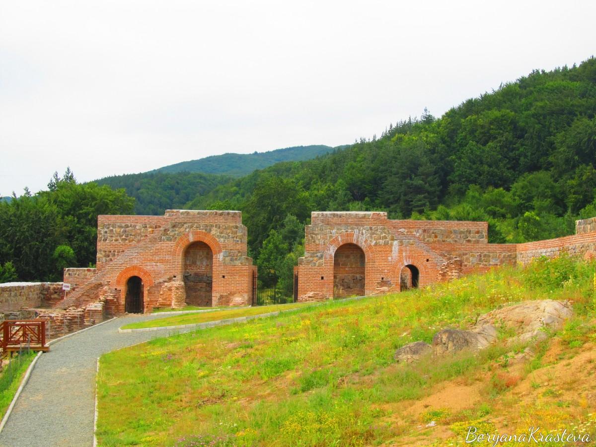 Костенски водопад, Скаловитец и крепостта Траянови врата за един ден!