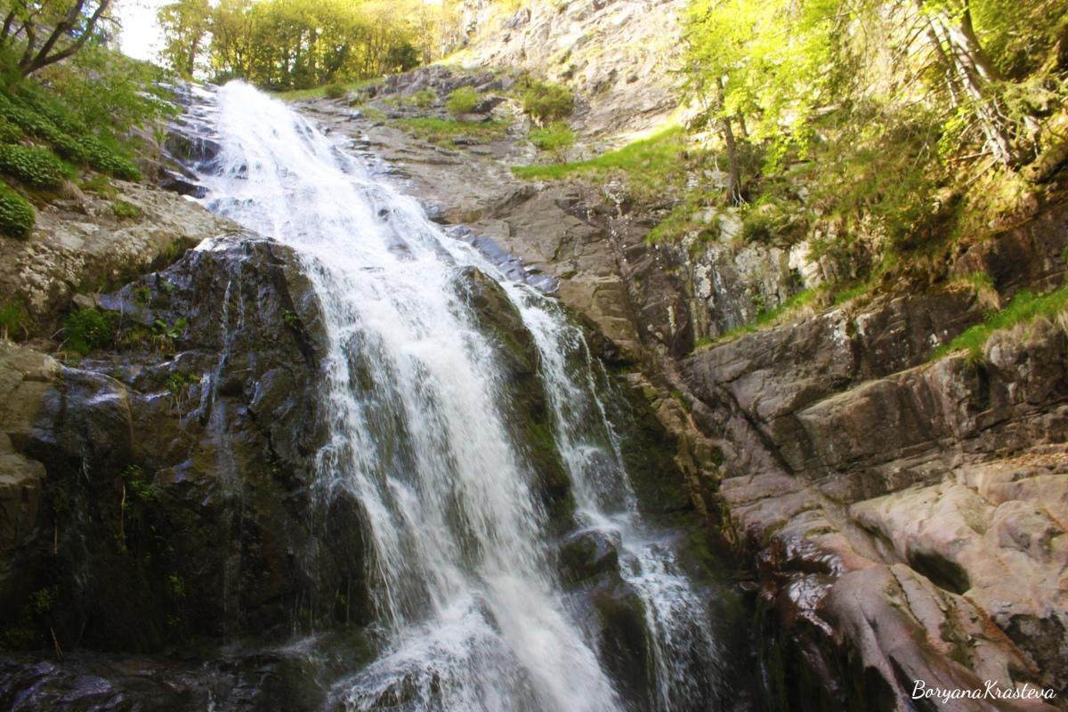 Приказна разходка из Каньона на водопадите край  Смолян