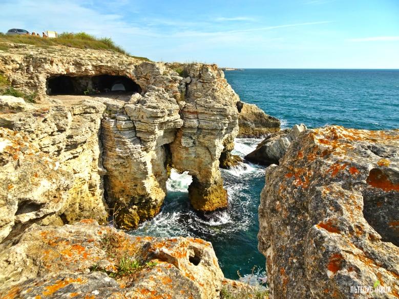 Тюленово, пещера, скали, море