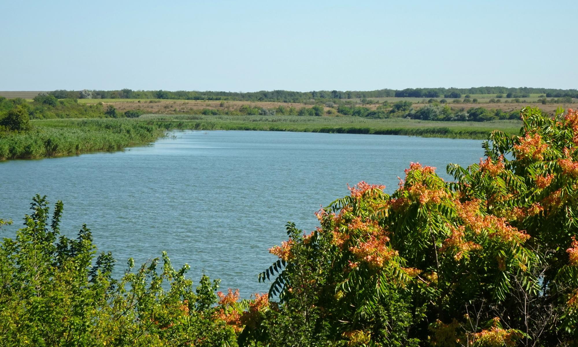 Дуранкулашко езеро, селищна могила