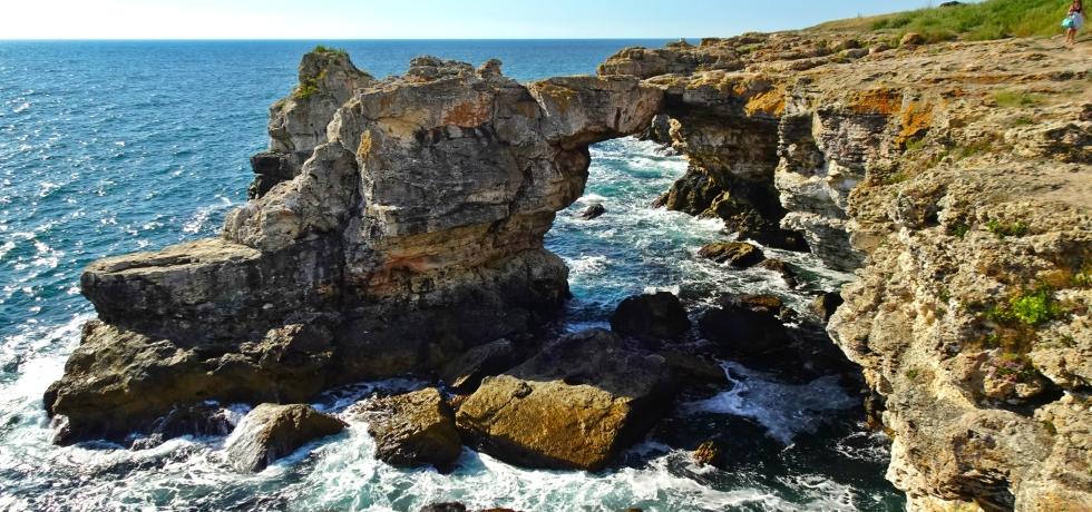 Тюленово, скална арка