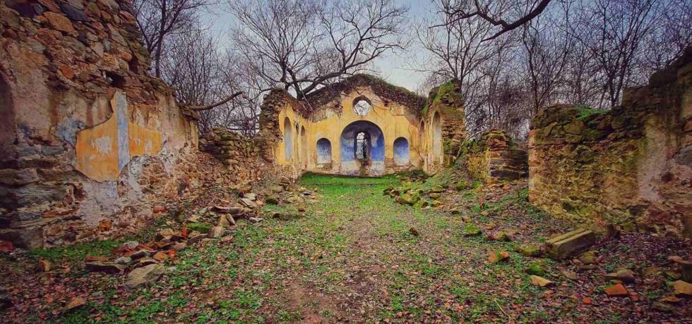 Виден, потопената църква
